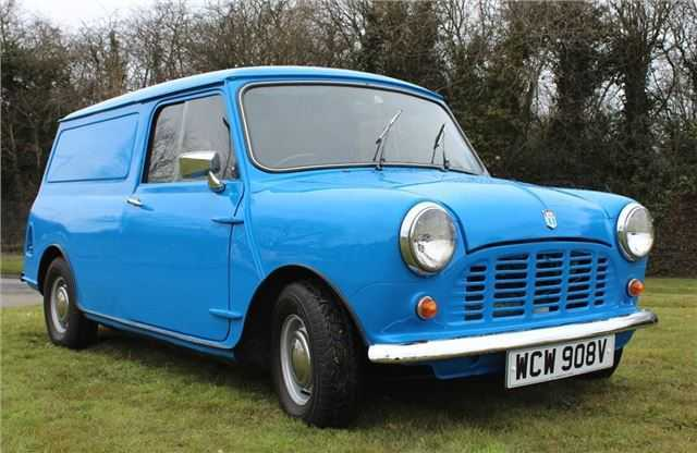 Top 10: Classic Minis - Mini Owners Club