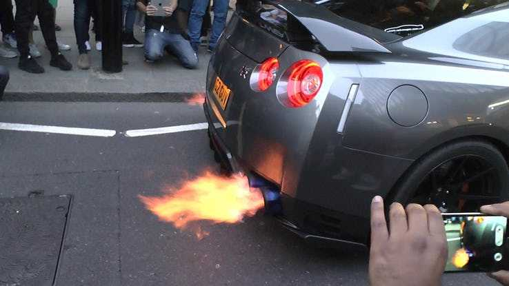 20 Car Mods That Are Illegal In The United States - Autos Speed